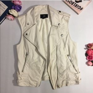H&M ivory white faux leather vest size 4